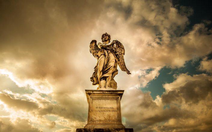 Statua di un angelo a Roma