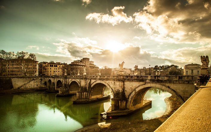 Ponte a Roma